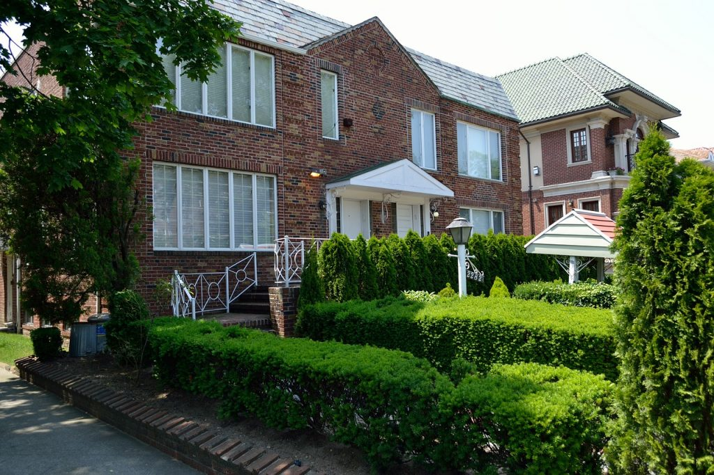 movers in Jackson Heights NY - residential home