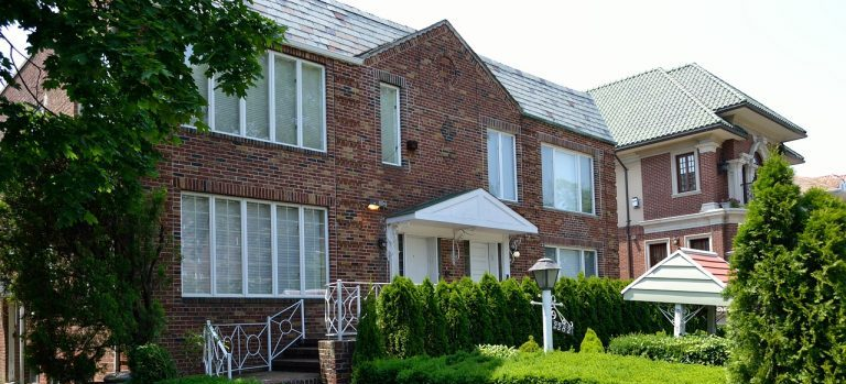 Movers in Jackson Heights NY can help your complete your residential relocation