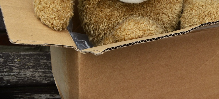 Broken box can bring a lot of risks of using free cardboard boxes in Long Island