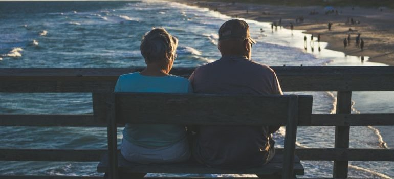 People in retirement on a bench