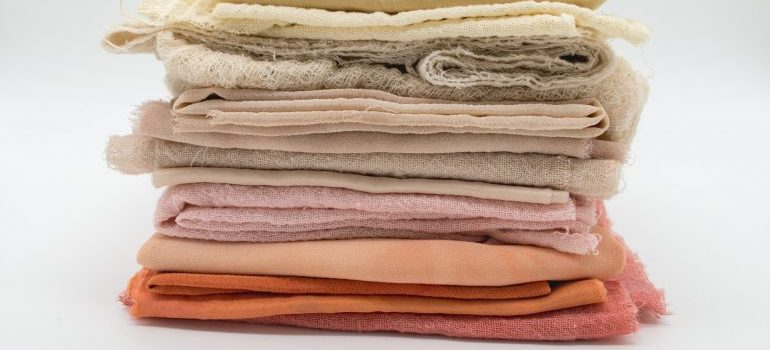 Blankets in different colours and sizes.