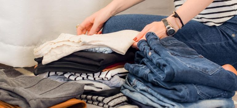 moving to Jersey City on a budget also means decluttering some items